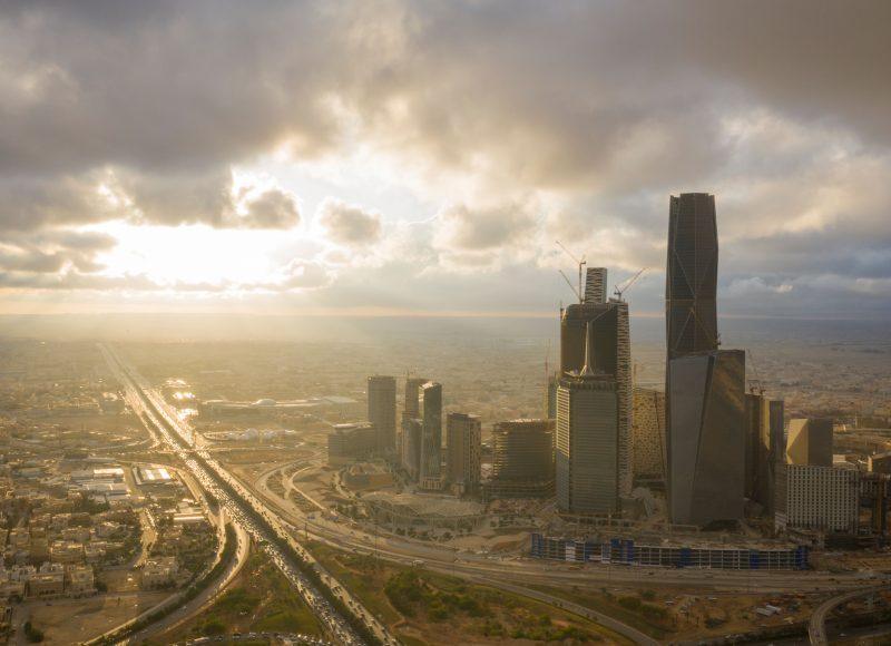Ein saudi-arabischer Umbau im dunklen Schatten