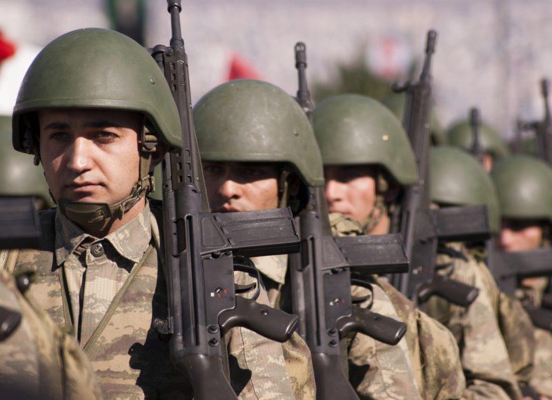 Ein Mittsommernachtsalbtraum und die zivil-militärischen Beziehungen in der Türkei