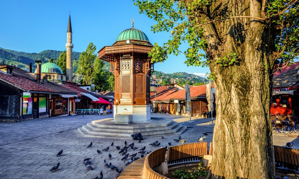 Bosnien und Herzegowina 30 Jahre nach dem Beginn des Krieges. Von akuten politischen Krisen und Möglichkeiten zur Überwindung des Status quo