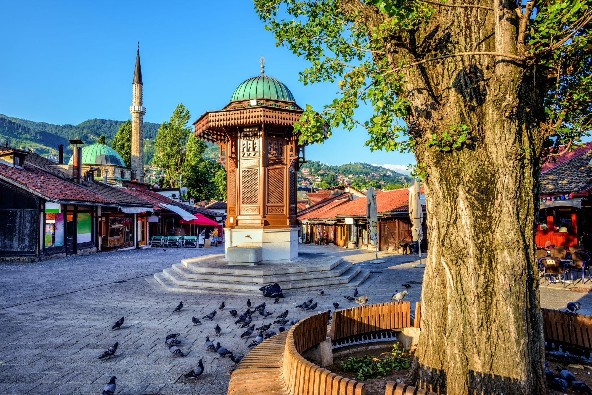 Bosnia and Herzegovina  2020 – 2030: Leaving the crisis behind  and shaping positive future